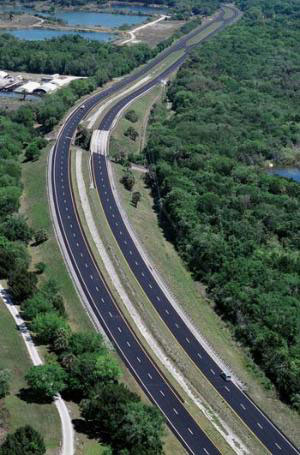 Recently completed projects at Ranger North include making grade changes and milling and resurfacing a section of US-1 in Brevard County (above) and widening I-95 and improving the SR-40 interchange near Daytona Beach, FL (below).